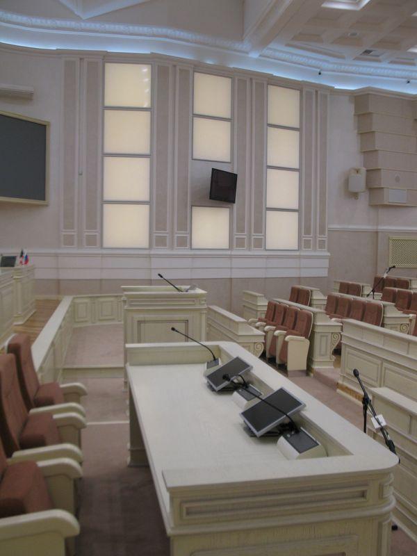 Интерьер зала заседаний Госсовета УР